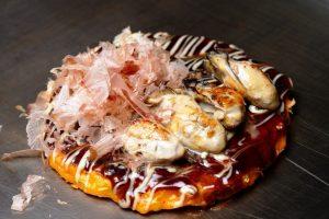 広島県産牡蠣のお好み焼き